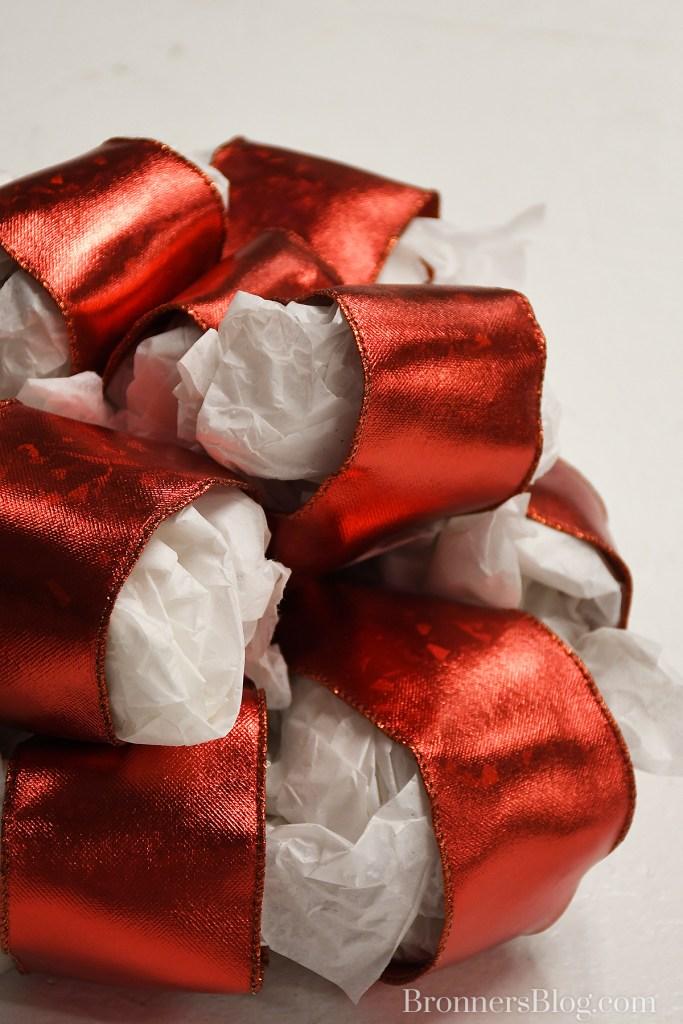 Tissue Paper Helps Kepp Bow Loop Shape In Storage
