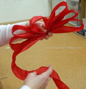 Make Loops To Make A Bow