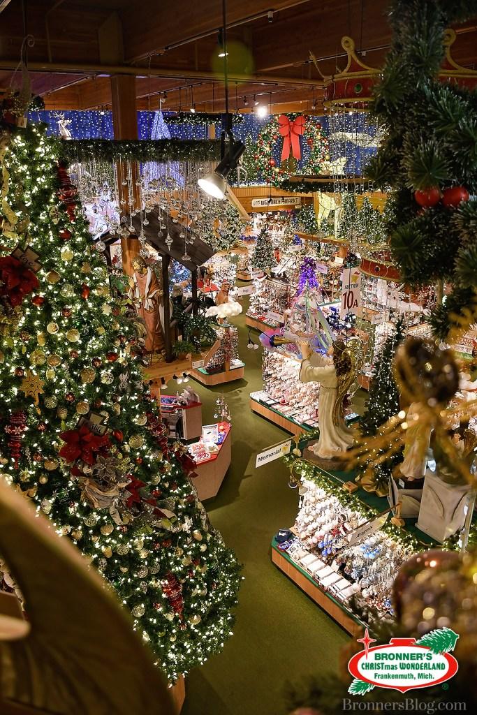 Bronner's Christmas Wonderland, the world's largest Christmas store Interior