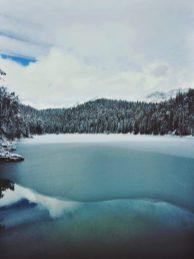 Eibsee im Winter Bayern Deutschland