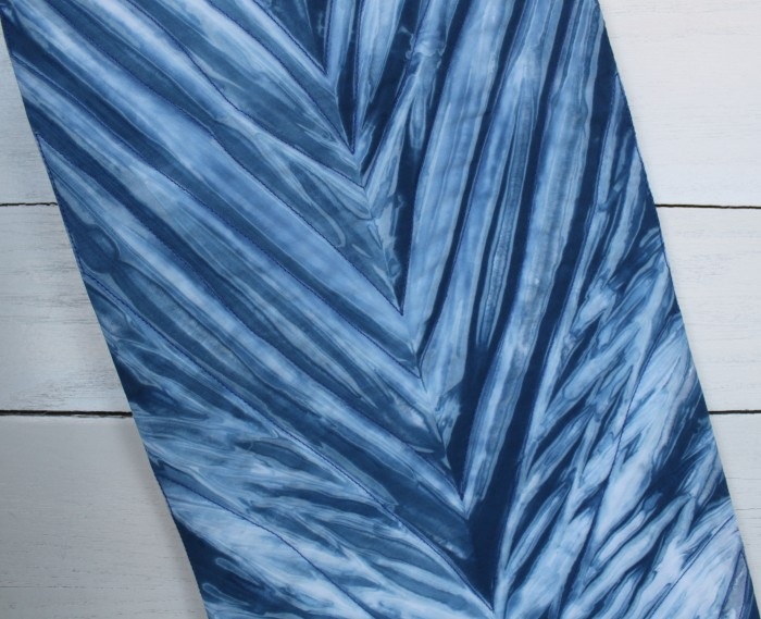 Arashi Shibori table runner detail