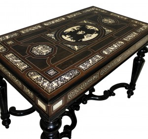 An exquisite Italian Louis XIV style table