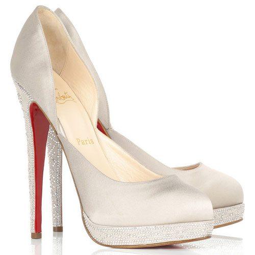 site réputé 4dec4 1e2bc Christian Louboutin Chaussure blanche à talon haut diamant ...