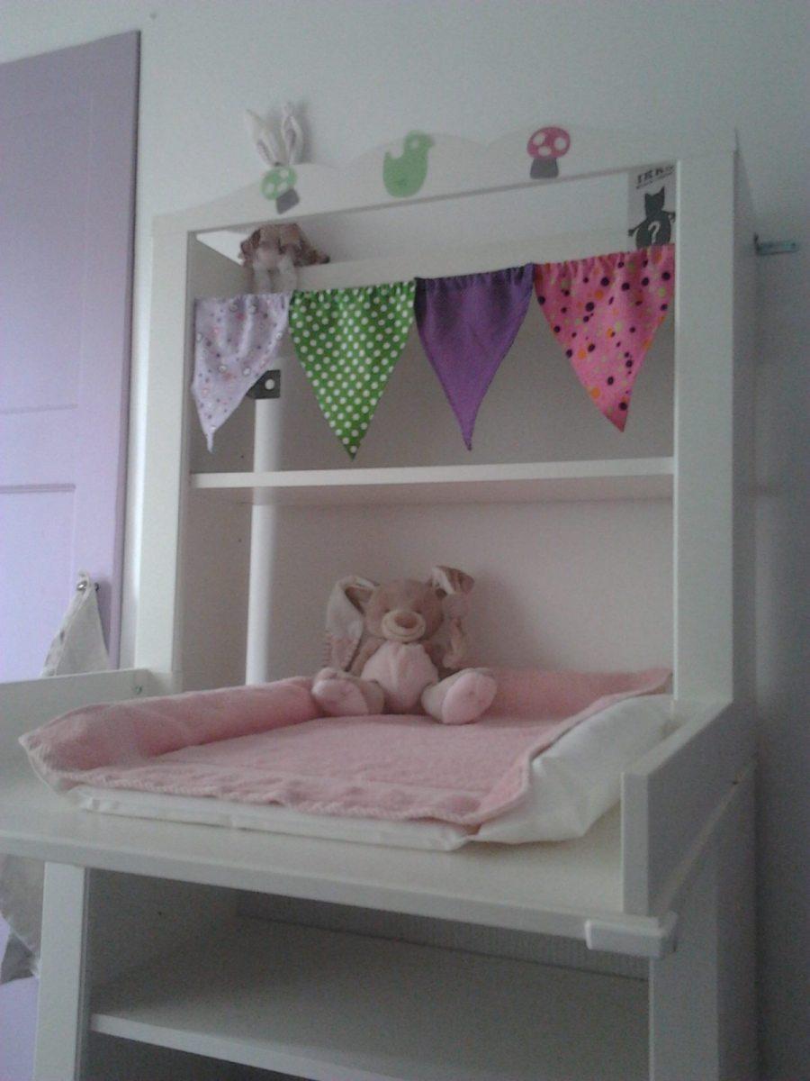 décoration chambre bébé fille nounours guirlande fanions ...