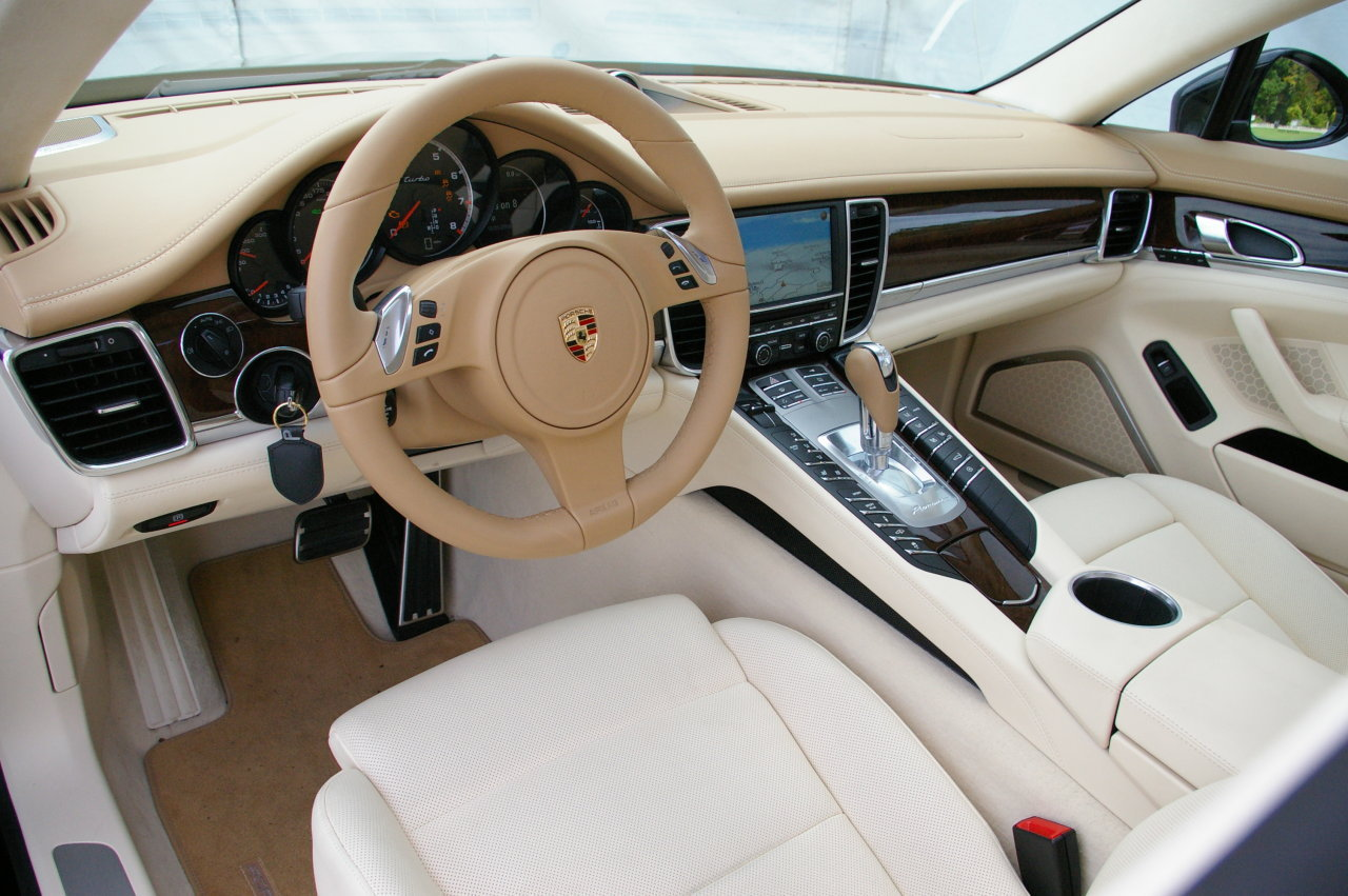 2013 porsche panamera interior images galleries with a bite. Black Bedroom Furniture Sets. Home Design Ideas