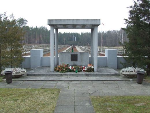 POL_Palmiry_cemetery3