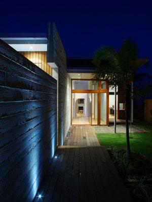 iluminación-exterior-casa-moderna
