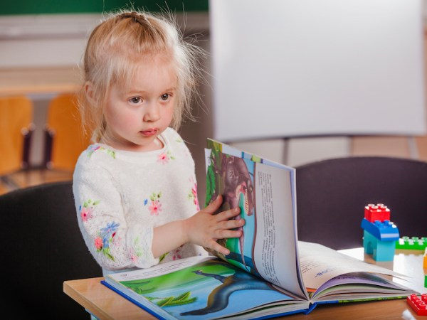 6 Ways to Support Early Literacy in a Natural Way
