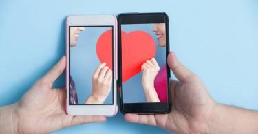 Faire de belles rencontres sur internet : où chercher ?