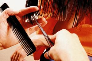 Forbici per tagliare i capelli