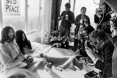 I met the Walrus, en la cama con John Lennon