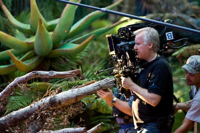 Cameron con la cámara desarrollada por Sony