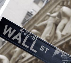 Inside Job; Ferguson examina el sistema financiero criminal de los Estados Unidos
