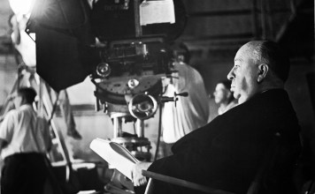 Alfred Hitchcock en el set