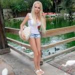 A mulher boneca Barbie da vida real