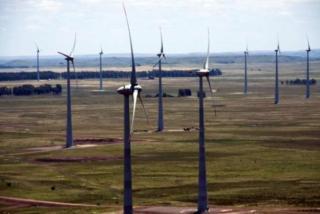 Investimentos na matriz eólica contribui para a geração de energia limpa. (Foto: Arquivo / Agência Brasil)