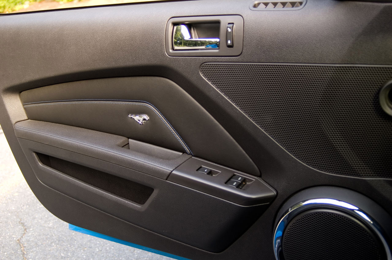 2011 Interior Door Panels The Mustang Source Ford