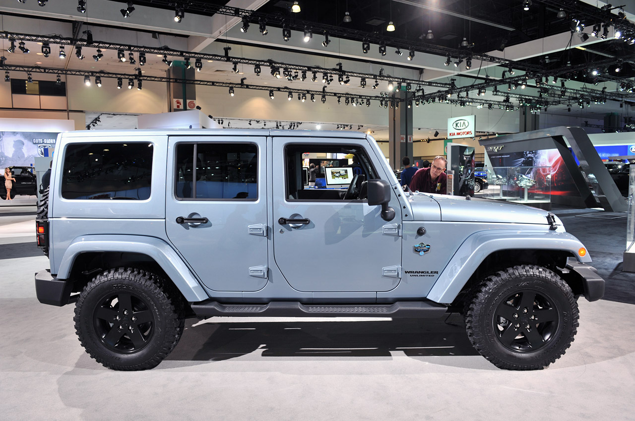 2012 Jeep Wrangler And Liberty Arctic Editions Chill Out