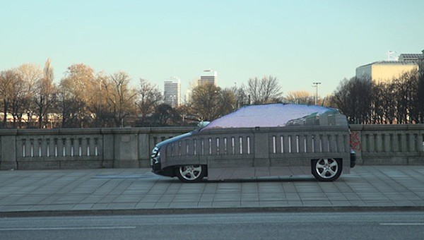 Mercedes F-Cell gets LED camouflage