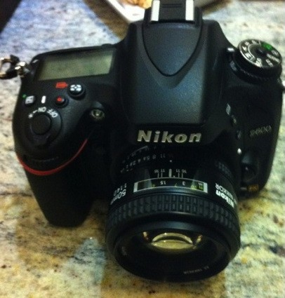 Nikon D600 pictures leak, offers fullframe snapping at a cropframe price