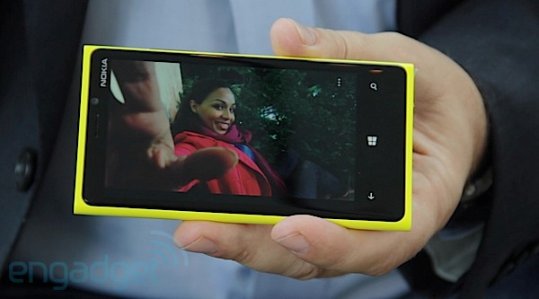 Nokia Lumia 920 handson a dualcore, HD Windows Phone 8 flagship to take on the beasts