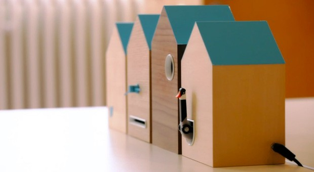 Twitter UK's #Flock cuckoo clock tells us of both time and tweets video