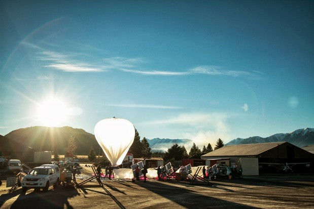 Google's Project Loon proposes internet distributed by hot air balloon