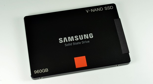 Samsung launches first SSD with 3D VNAND memory, but only for enterprise