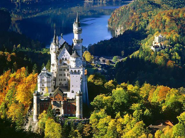 Castelo Neuschwanstein, Bavaria | Foto: Jovica Trajkovski, via Wikimedia Commons