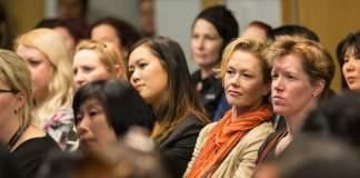 Bolsas de estudo para mulheres   Anderson School of Management   Foto: Ignite NZ, via Flickr