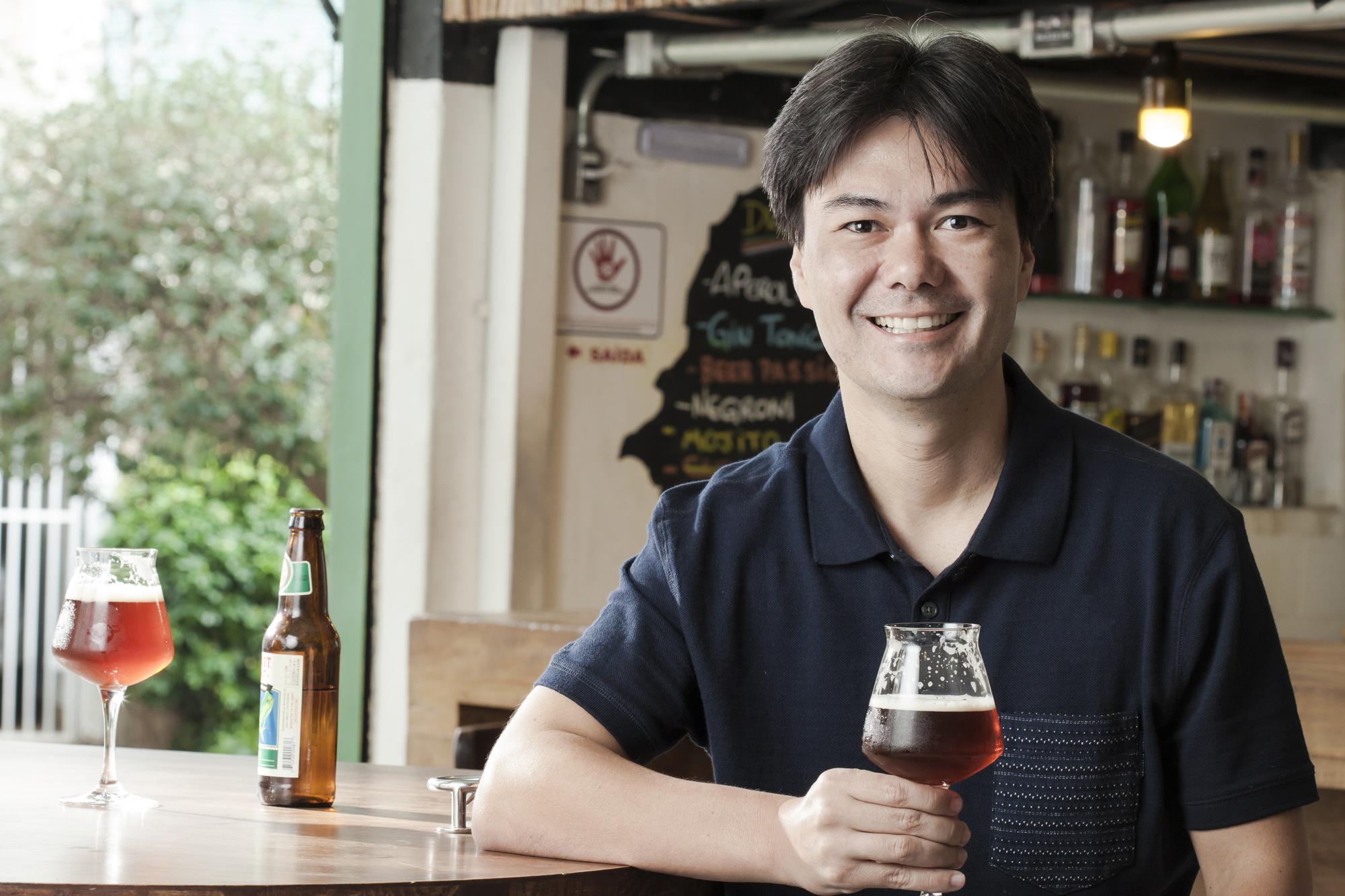 Terceiro melhor sommelier de cervejas do mundo é brasileiro