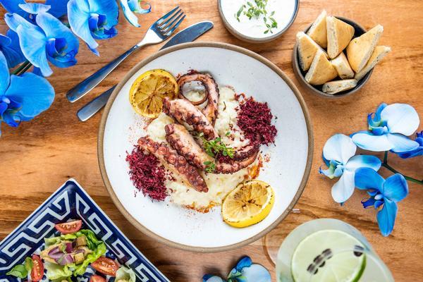 Rio de Janeiro ganha primeiro restaurante verdadeiramente grego, o Vokos