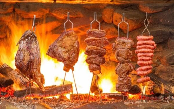 Na retomada, churrasco do Beto Perroy se destaca em Campos do Jordão