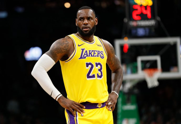 https://i2.wp.com/www.blogdebasket.com/files/lebron_james-los_angeles_lakers.jpg?resize=690%2C472&ssl=1