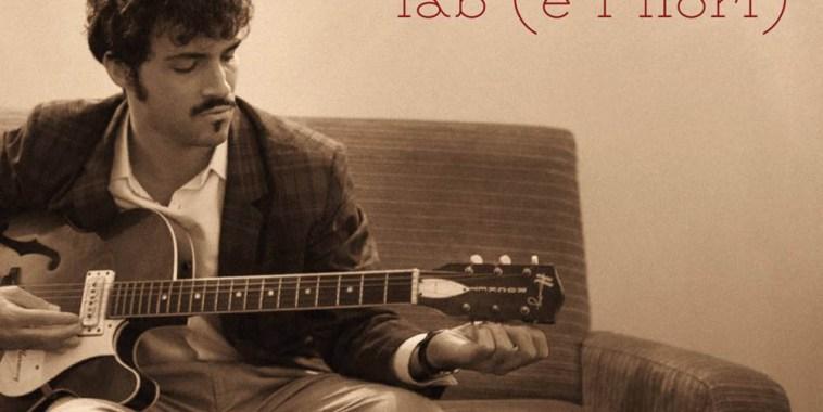 Fab e i fiori con la chitarra