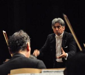 Maurizio-Colasanti-direttore-orchestra-Concerto-Osuel