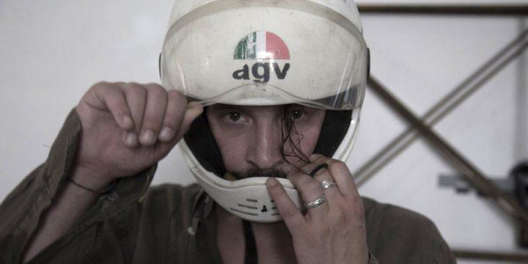 Giacomo Toni con casco