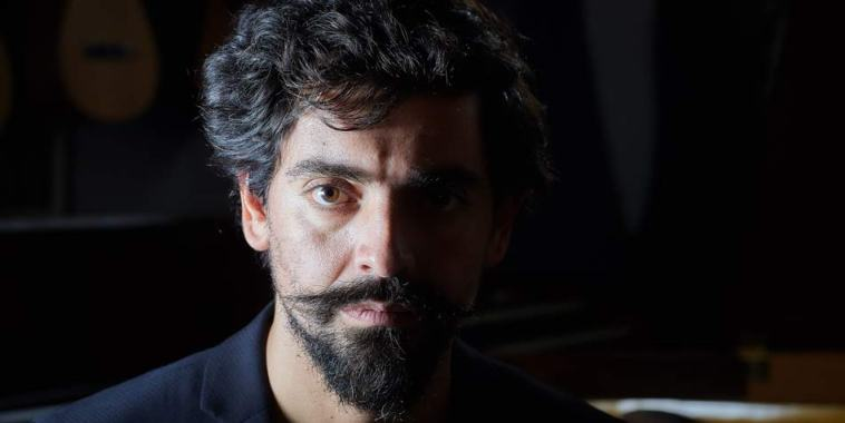 Luca Ferraris cantautore volto