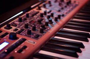 tastiera rossa