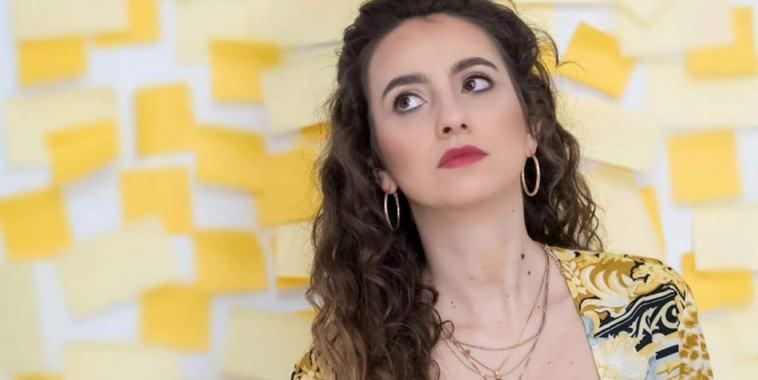 La cantautrice Anna Giusti