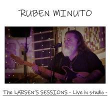 Ruben Minuto in copertina del disco The Larsen's Sessions – live in studio