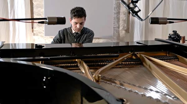 Lorenzo Carulli al pianoforte