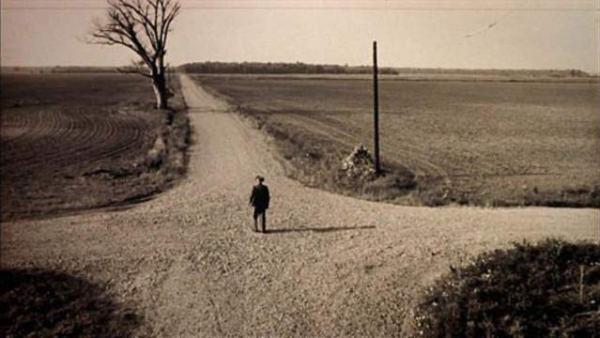 "Fotogramma dal film ""Crossroads"""
