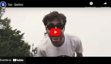 U membro dei Tes in copertina del videoclip di Berlino