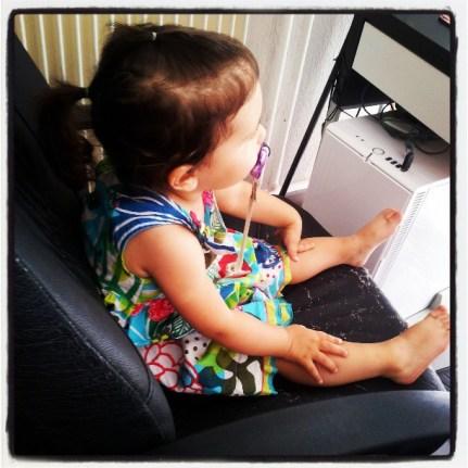 Dans le fauteuil de papa
