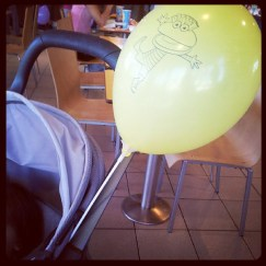 """un ballon """"yaune""""!"""