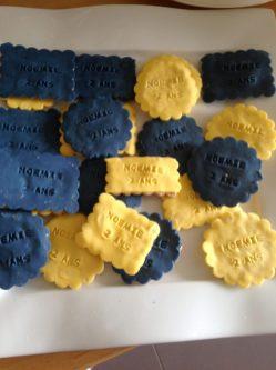 sables-bleu-jaune