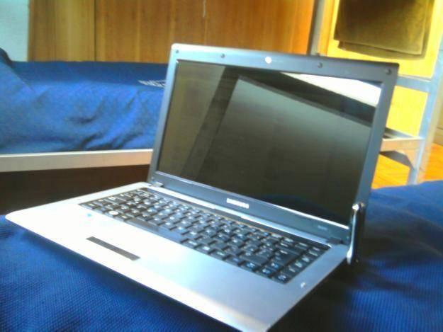 Samsung RV410 03, Precio y Características 2