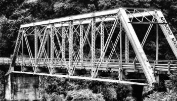 Puente en la ruta hacia Salta