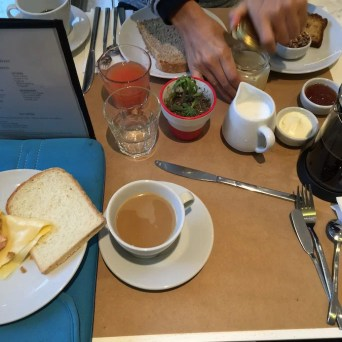 Desayuno Palosanto